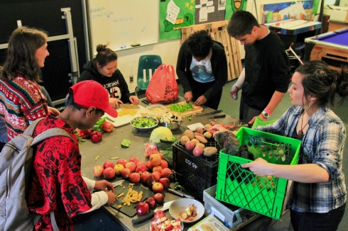 Food Share Teens-3